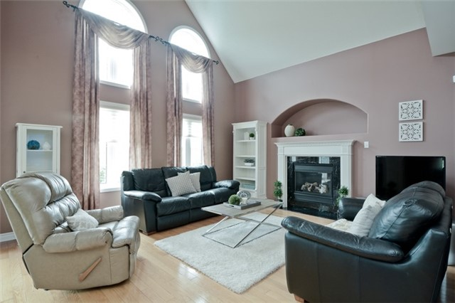 Detached at 1038 Mcquay Blvd, Whitby, Ontario. Image 3