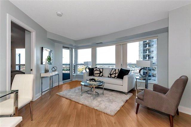 Condo Apartment at 135 Village Green Sq, Unit 1518, Toronto, Ontario. Image 15