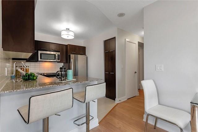 Condo Apartment at 135 Village Green Sq, Unit 1518, Toronto, Ontario. Image 20