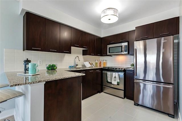 Condo Apartment at 135 Village Green Sq, Unit 1518, Toronto, Ontario. Image 3