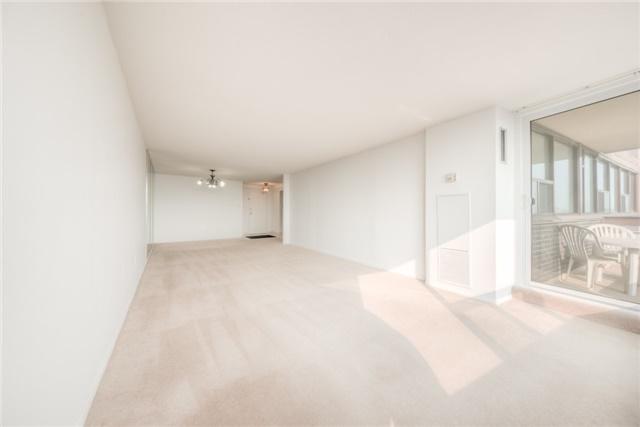 Condo Apartment at 55 Huntingdale Blvd, Unit 1503, Toronto, Ontario. Image 9