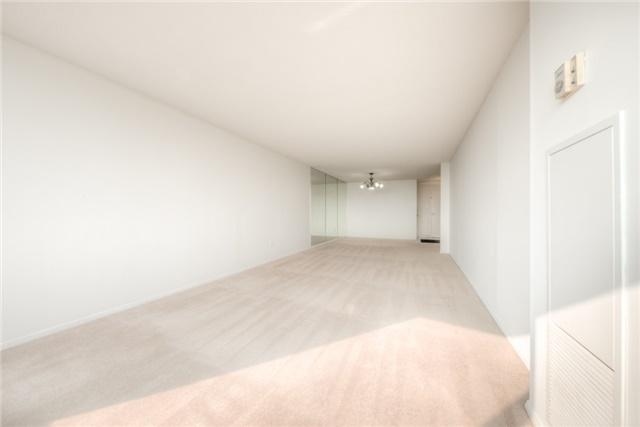 Condo Apartment at 55 Huntingdale Blvd, Unit 1503, Toronto, Ontario. Image 11