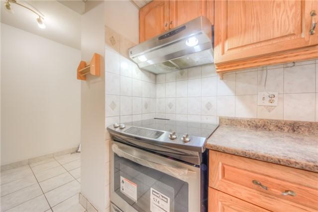 Condo Apartment at 55 Huntingdale Blvd, Unit 1503, Toronto, Ontario. Image 14