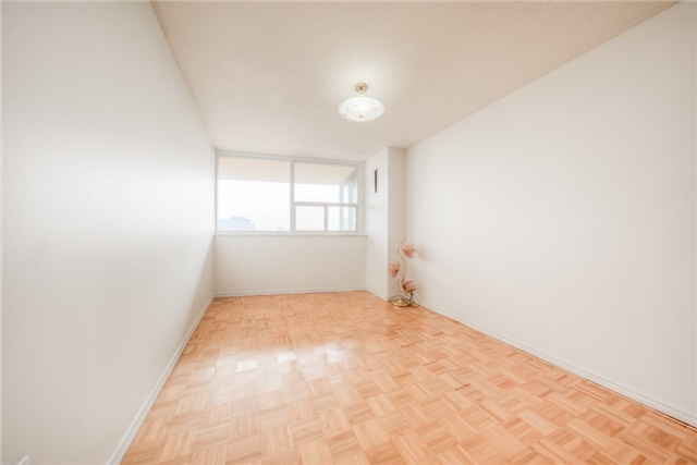 Condo Apartment at 55 Huntingdale Blvd, Unit 1503, Toronto, Ontario. Image 5