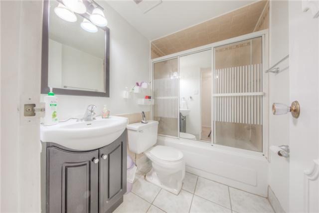 Condo Apartment at 55 Huntingdale Blvd, Unit 1503, Toronto, Ontario. Image 6