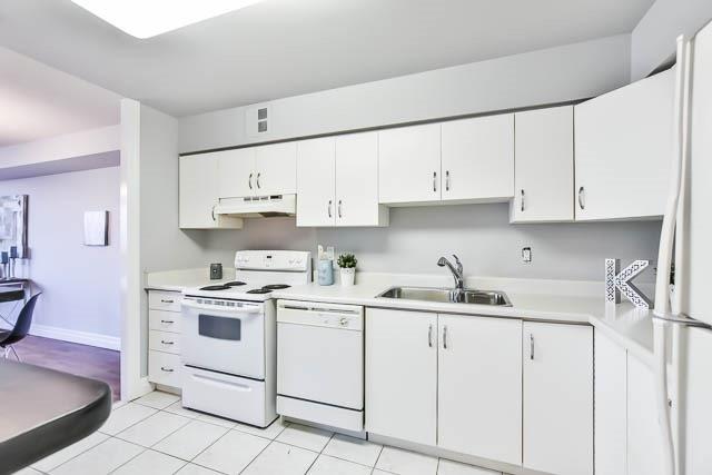 Condo Apartment at 1665 Victoria Park Ave, Unit 407, Toronto, Ontario. Image 11