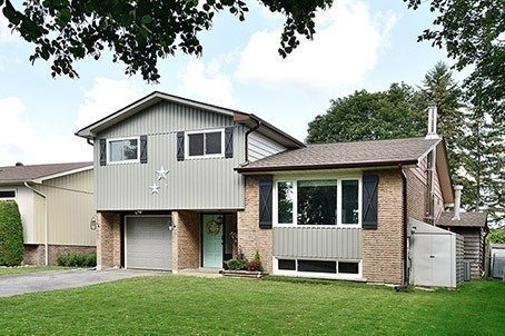 Detached at 12 Dawson St, Whitby, Ontario. Image 1
