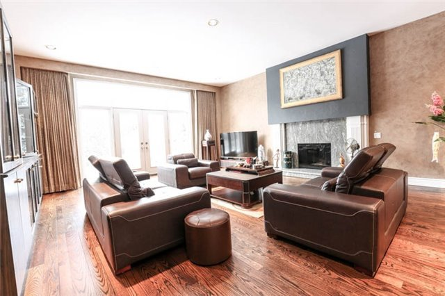 Detached at 22 Limcombe Dr, Markham, Ontario. Image 14