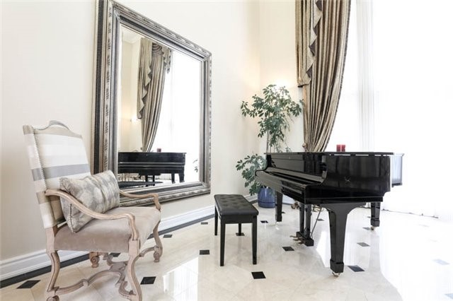 Detached at 22 Limcombe Dr, Markham, Ontario. Image 19