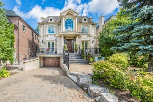 Detached at 134 Hillview Rd, Aurora, Ontario. Image 1