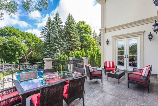 Detached at 134 Hillview Rd, Aurora, Ontario. Image 10