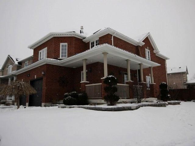 Detached at 130 Richmond Park Dr, Georgina, Ontario. Image 10