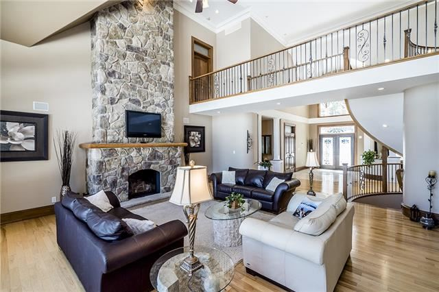 Detached at 950 Shoreview Dr, Innisfil, Ontario. Image 2