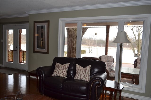 Detached at 15 Bowers Rd, East Gwillimbury, Ontario. Image 14