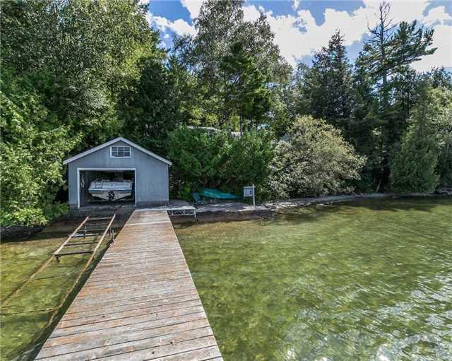 Detached at 488 Big Bay Point Rd, Innisfil, Ontario. Image 12