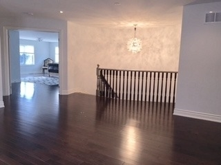 Detached at 55 Avenue Rd, Richmond Hill, Ontario. Image 6