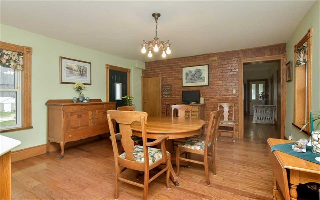 Detached at 5987 12th Line, New Tecumseth, Ontario. Image 18