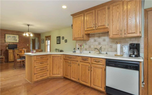 Detached at 5987 12th Line, New Tecumseth, Ontario. Image 19