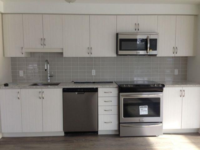 Condo Apartment at 69 Boyne St, Unit 312, New Tecumseth, Ontario. Image 2