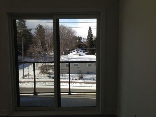 Condo Apartment at 69 Boyne St, Unit 312, New Tecumseth, Ontario. Image 8