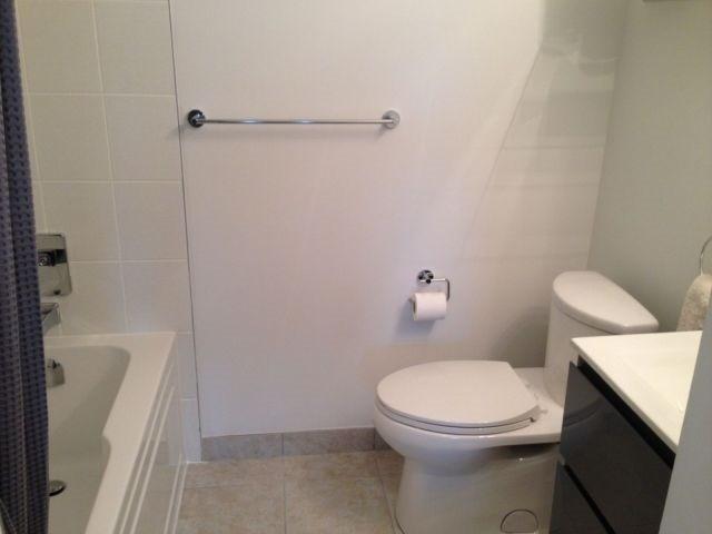 Condo Apartment at 69 Boyne St, Unit 312, New Tecumseth, Ontario. Image 10