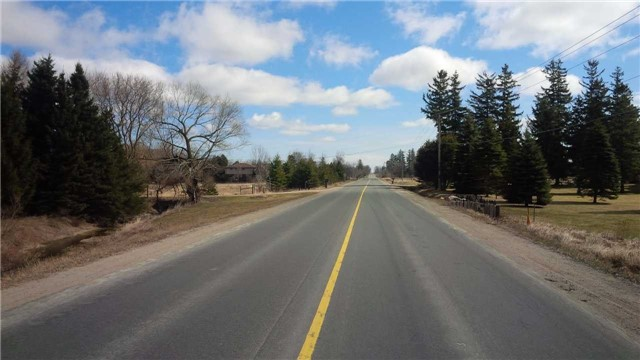Vacant Land at Lt 18 10th Line, Innisfil, Ontario. Image 4