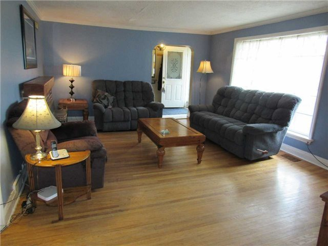 Detached at 12846 Highway 48 Rd, Whitchurch-Stouffville, Ontario. Image 6