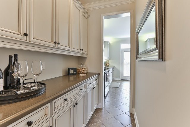 Detached at 176 Robirwin St, Whitchurch-Stouffville, Ontario. Image 16