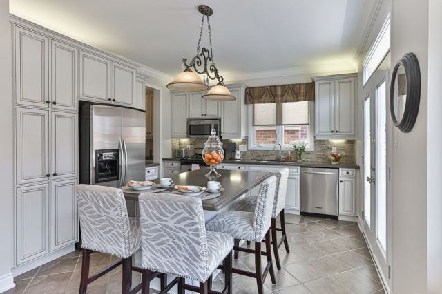 Detached at 176 Robirwin St, Whitchurch-Stouffville, Ontario. Image 17