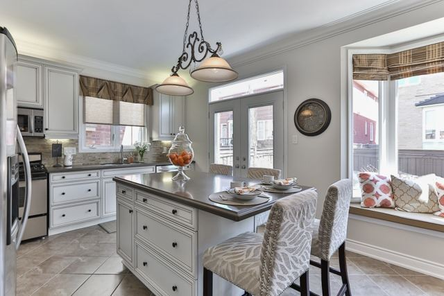 Detached at 176 Robirwin St, Whitchurch-Stouffville, Ontario. Image 18