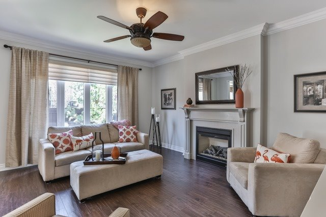 Detached at 176 Robirwin St, Whitchurch-Stouffville, Ontario. Image 2