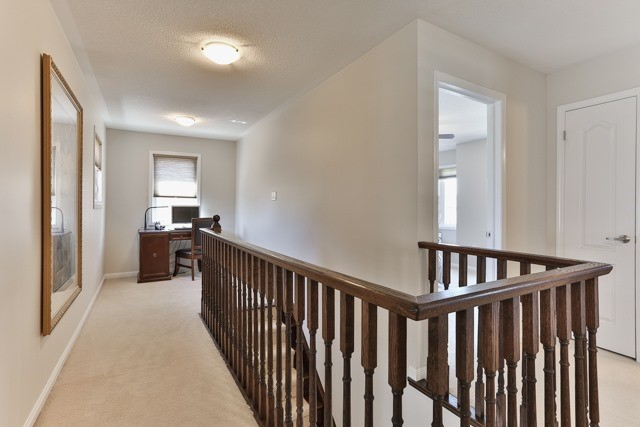 Detached at 176 Robirwin St, Whitchurch-Stouffville, Ontario. Image 3
