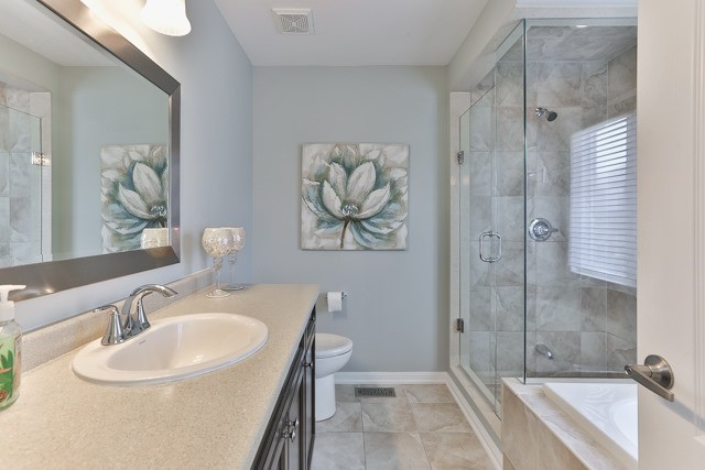 Detached at 176 Robirwin St, Whitchurch-Stouffville, Ontario. Image 5