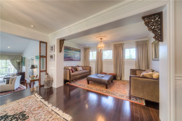 Detached at 14038 Bayview Ave, Aurora, Ontario. Image 16
