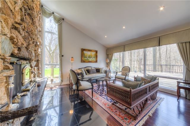 Detached at 14038 Bayview Ave, Aurora, Ontario. Image 20