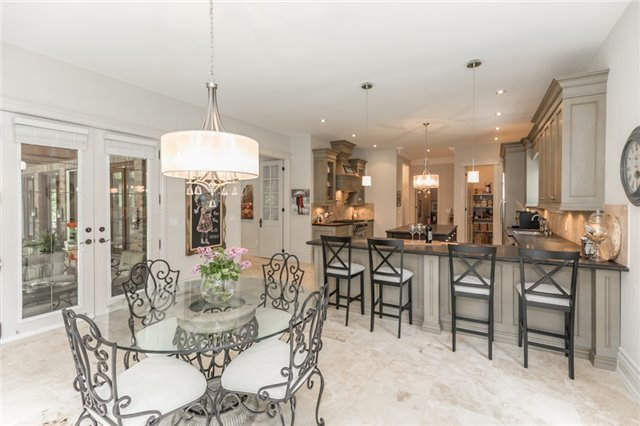 Detached at 5 Ogden Cres, Whitchurch-Stouffville, Ontario. Image 18