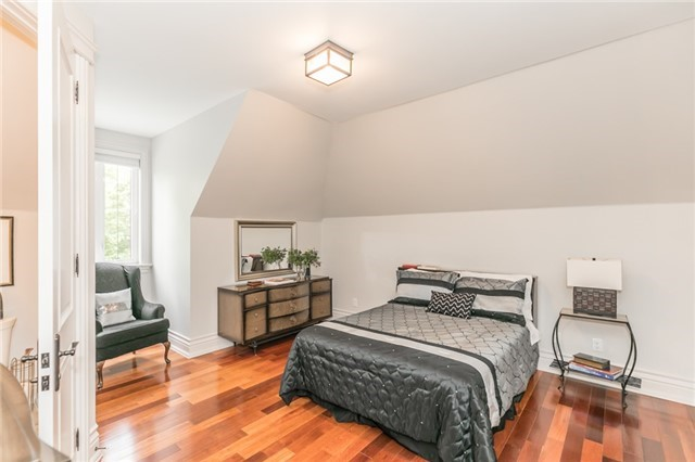 Detached at 5 Ogden Cres, Whitchurch-Stouffville, Ontario. Image 7