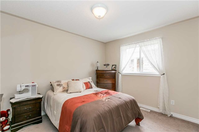 Detached at 85 Mike Hart Dr, Essa, Ontario. Image 19