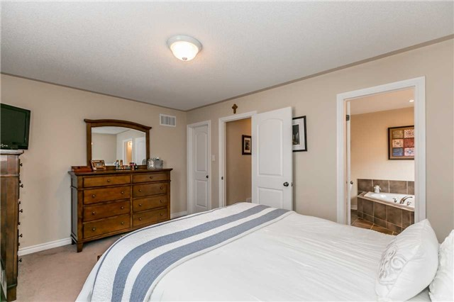 Detached at 85 Mike Hart Dr, Essa, Ontario. Image 3