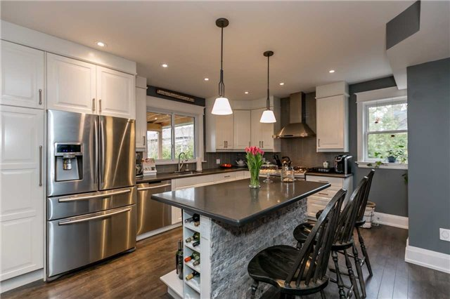 Detached at 116 Pleasantview Ave, Newmarket, Ontario. Image 17