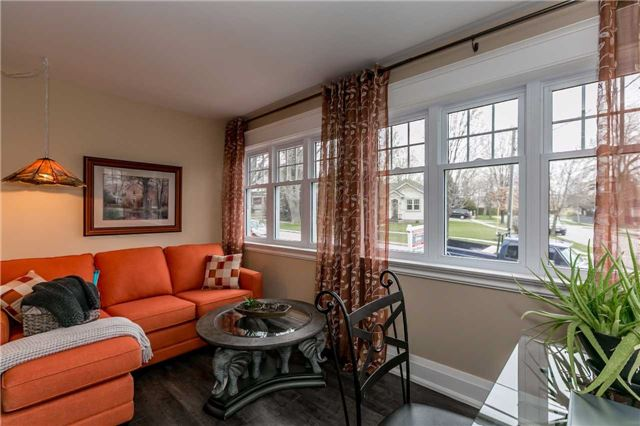 Detached at 116 Pleasantview Ave, Newmarket, Ontario. Image 4