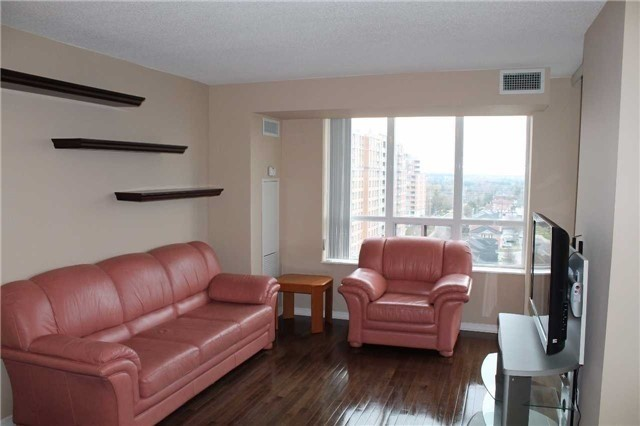 Condo Apartment at 330 Red Maple Rd, Unit 1204, Richmond Hill, Ontario. Image 13