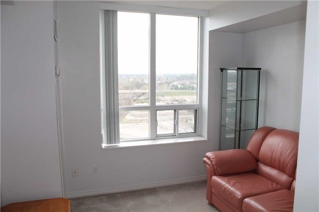 Condo Apartment at 330 Red Maple Rd, Unit 1204, Richmond Hill, Ontario. Image 16