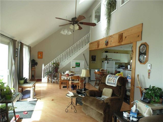 Detached at 1215 Chief Joseph Snake Rd, Georgina Islands, Ontario. Image 11