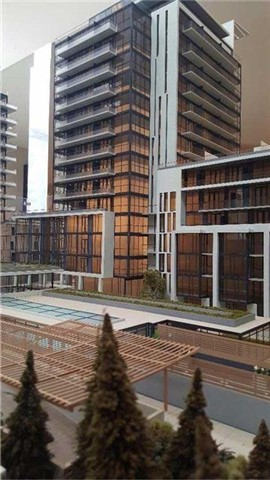 Condo Apartment at 9618 Yonge St, Unit 709, Richmond Hill, Ontario. Image 3