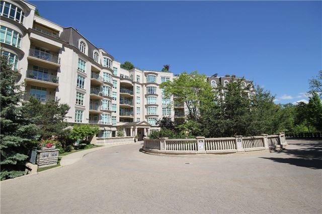 Condo Apartment at 7071 Bayview Ave, Unit Ph5, Markham, Ontario. Image 12
