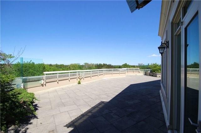 Condo Apartment at 7071 Bayview Ave, Unit Ph5, Markham, Ontario. Image 16