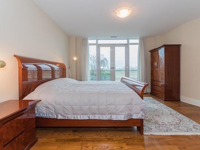 Condo Apartment at 7071 Bayview Ave, Unit Ph5, Markham, Ontario. Image 9