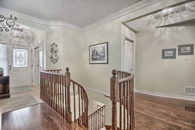 Condo Leasehold at 30 Norm Faulkner Dr, Whitchurch-Stouffville, Ontario. Image 16