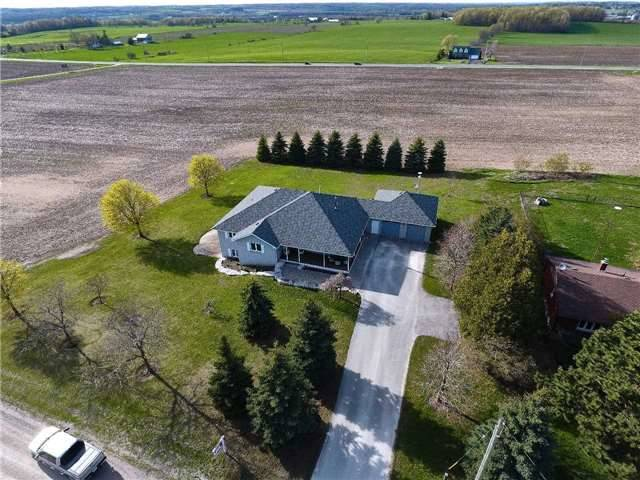 Detached at 2338 Gilford Rd W, Innisfil, Ontario. Image 1